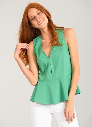 People By Fabrika Eteği Volanlı Kolsuz Bluz Yeşil